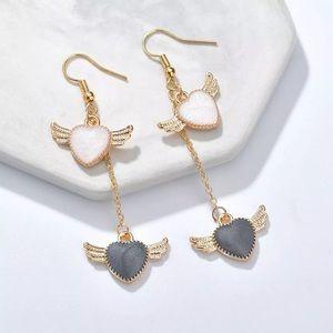 3️⃣@$30 Angel Winged Hearts Dangle Earrings